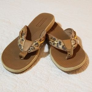 SALE.  Like New Sperry Leopard Thongs Shoes